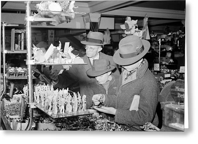 Woolworths Christmas Shoppers, 1941 Greeting Card by Science Source