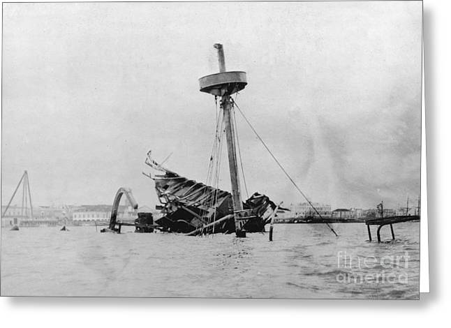 Wreckage Of Uss Maine, 1898 Greeting Card