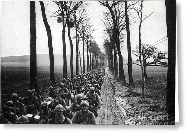 Wwi, French Infantrymen, Battle Greeting Card by Science Source