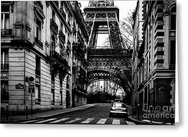 Eiffel Tower - Classic View Greeting Card