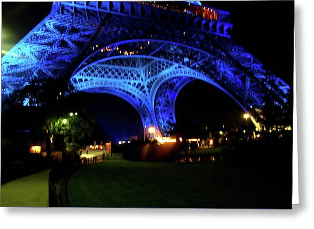 Greeting Card featuring the photograph Eiffel Tower by Edward Lee