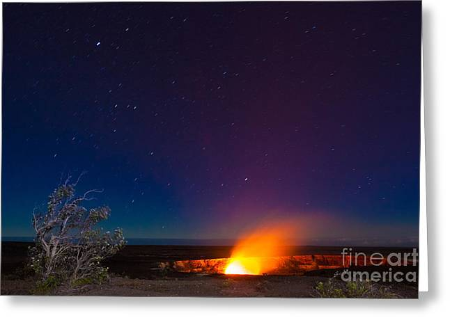 Erupting Volcano In Hawaii Volcanoes Greeting Card