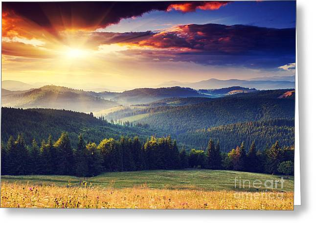 Majestic Sunset In The Mountains Greeting Card
