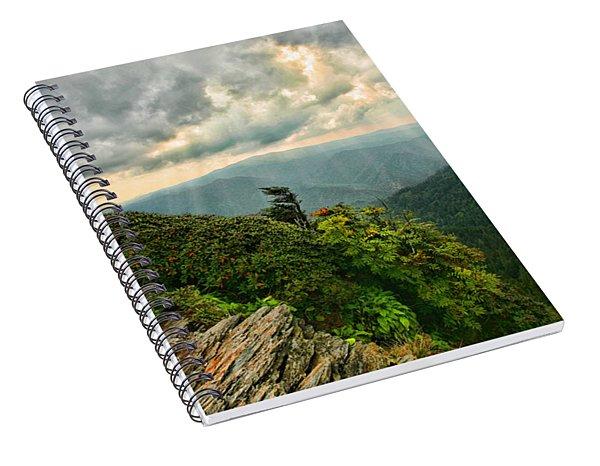Cliff Tops At Mt. Leconte Gsmnp Spiral Notebook