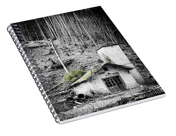 Usine Electrique Au Naturale Spiral Notebook