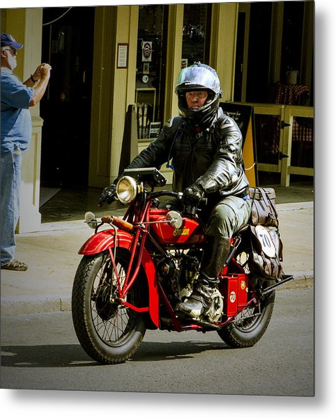 # 70 Rolls In To Cape G'. Metal Print