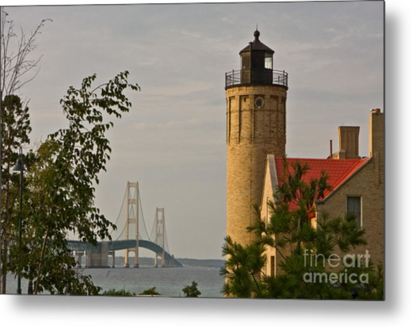 0558 Old Mackinac Point Lighthouse Metal Print