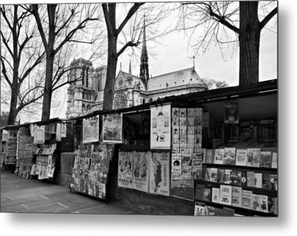 Metal Print featuring the photograph Book Sellers By The Seine / Paris by Barry O Carroll