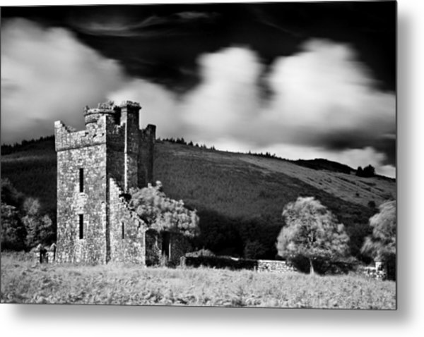 Metal Print featuring the photograph Castle Ruins / Ireland by Barry O Carroll