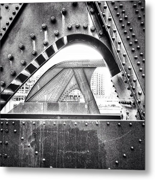 Chicago Bridge In Black And White Metal Print