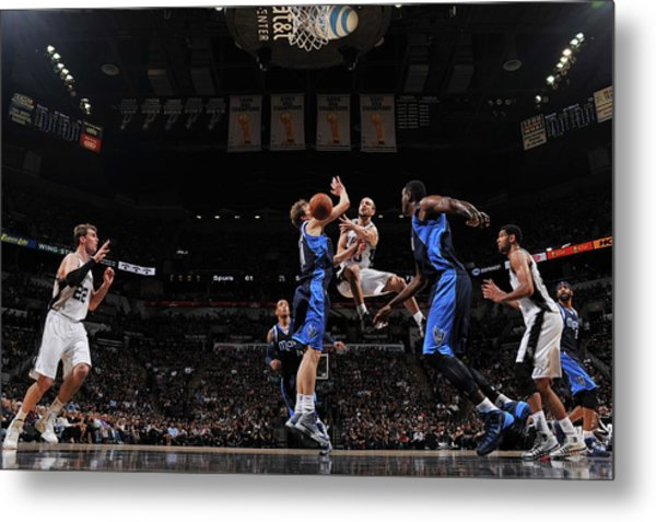 Dallas Mavericks V San Antonio Spurs - Metal Print