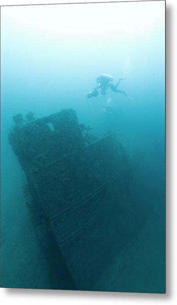 Diver At 'northern Light' Shipwreck Metal Print by Noaa