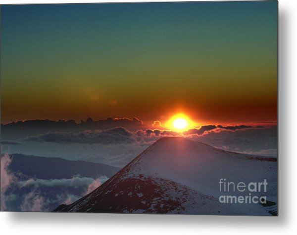 Going Down Metal Print by Karl Voss
