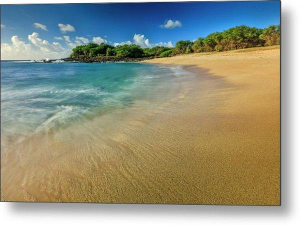Kaupoa Bay Shoreline On Molokais West Metal Print