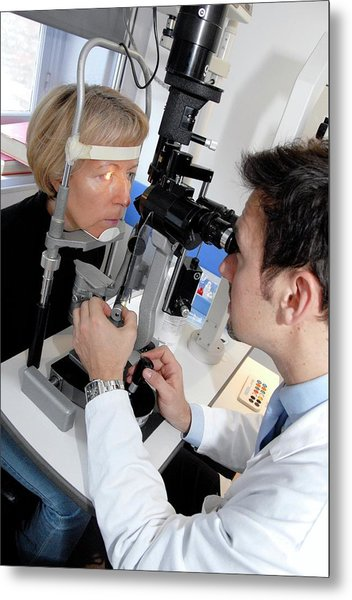 Laser Eye Surgery Aftercare Metal Print by Aj Photo/science Photo Library