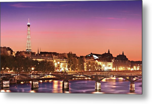 Metal Print featuring the photograph Left Bank At Night / Paris by Barry O Carroll