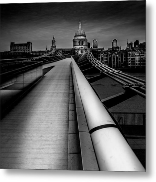 London St.paul's Cathedral Metal Print by S J Bryant