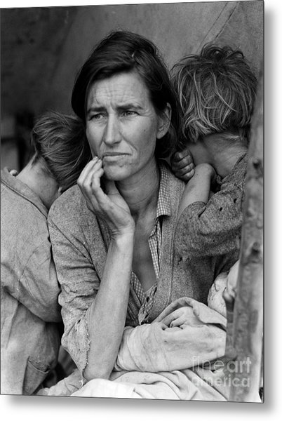 Migrant Mother Metal Print