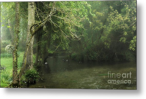 Misty Morning In Clatford Metal Print