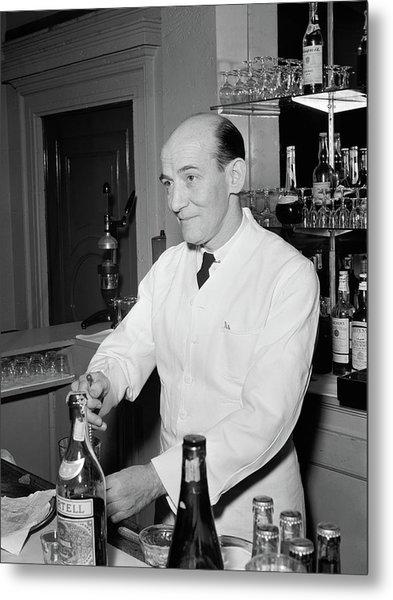 Nyc Charlie's Tavern, C1947 Metal Print by Granger