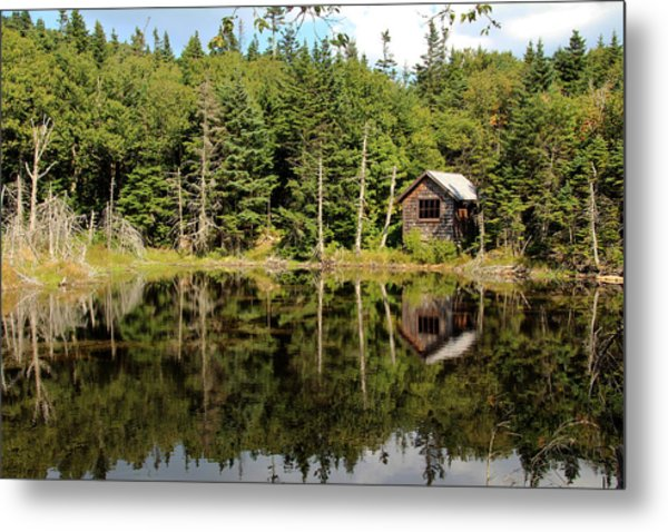 Metal Print featuring the photograph Pond Along The At by Jemmy Archer