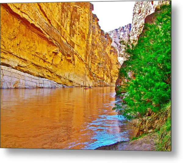 Rafting In Santa Elena Canyon In Big Bend National Park-texas Metal Print