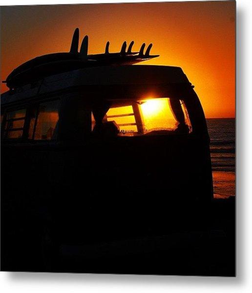 Vw Bus At Sunset Metal Print