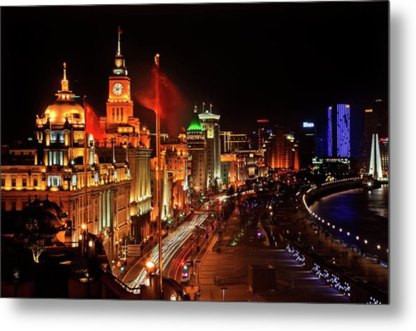 Shanghai, China Bund At Night Cars Metal Print by William Perry