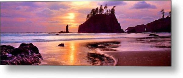 Silhouette Of Sea Stacks At Sunset Metal Print
