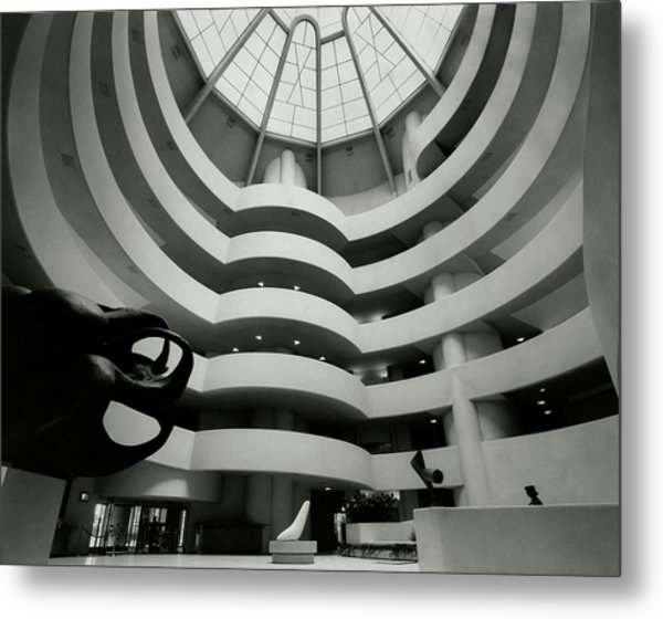 The Guggenheim Museum In New York City Metal Print by Eveyln Hofer