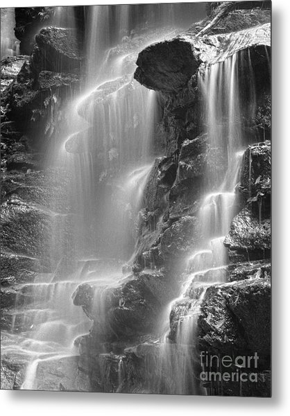 Waterfall 05 Metal Print by Colin and Linda McKie