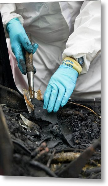 Forensics Training Metal Print by Jim Varney/science Photo Library