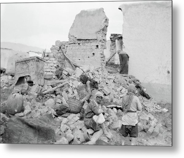 Syria Flood, 1937 Metal Print by Granger