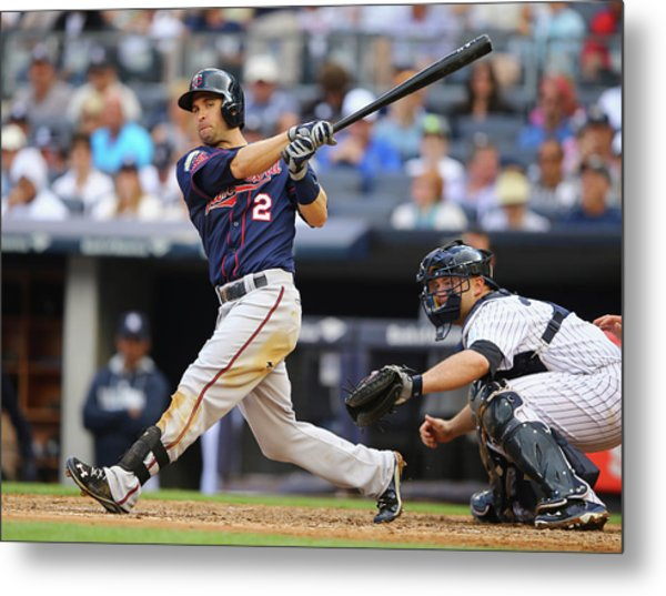Minnesota Twins V New York Yankees Metal Print by Al Bello