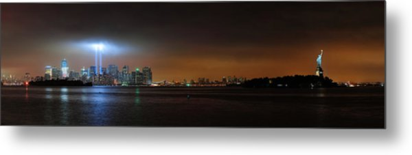New York City Metal Print by Songquan Deng