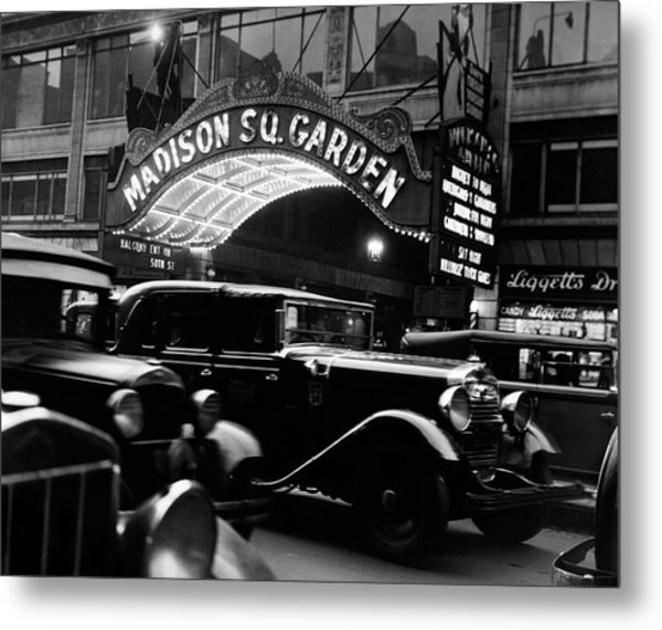 1920s 1930s Cars Taxis Madison Square Metal Print