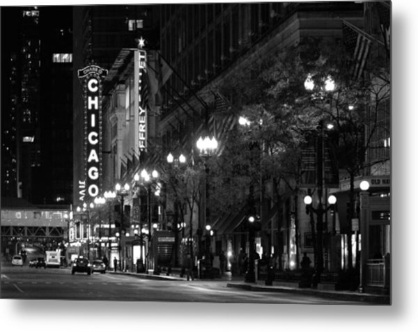 Chicago Theatre At Night Metal Print