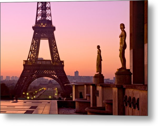 Metal Print featuring the photograph Eiffel Tower At Dawn / Paris by Barry O Carroll