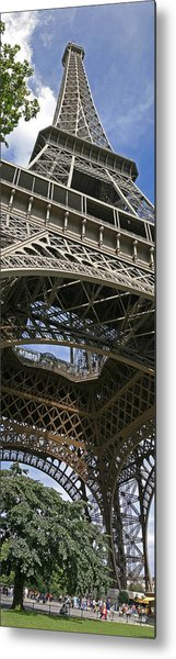 Eiffel Tower Metal Print by Gary Lobdell