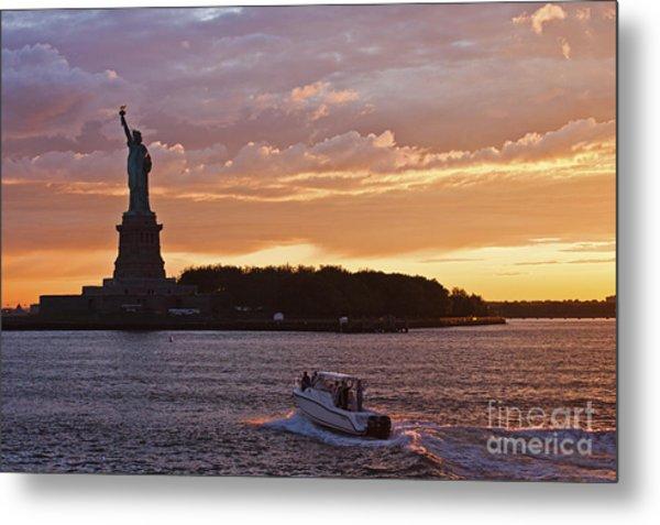 Glorious Sunset Over New York Metal Print