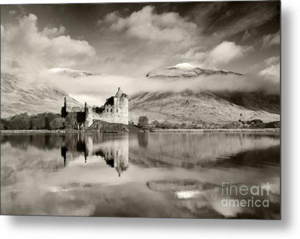 Kilchurn Castle Metal Print by Derek Croucher