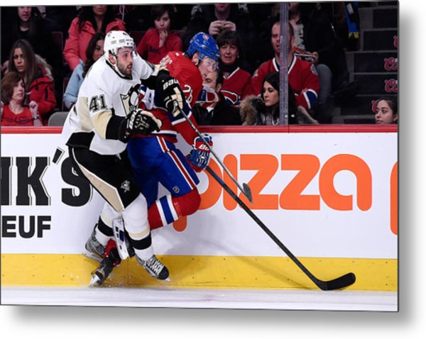 Pittsburgh Penguins V Montreal Canadiens Metal Print by Richard Wolowicz
