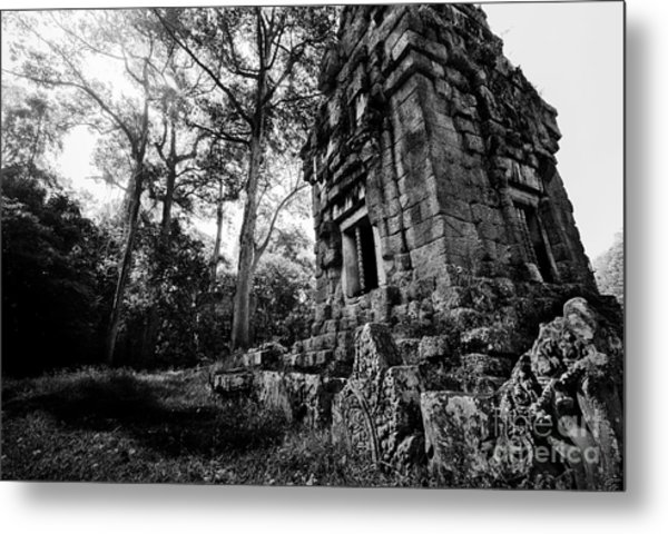 Ruin At Angkor Wat Metal Print