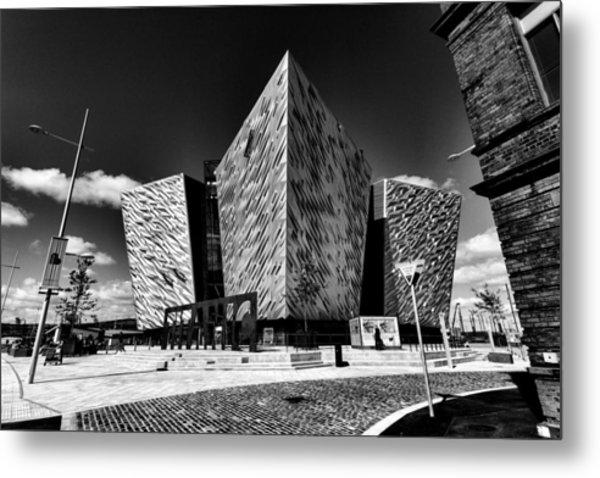Titanic Signature Building Metal Print