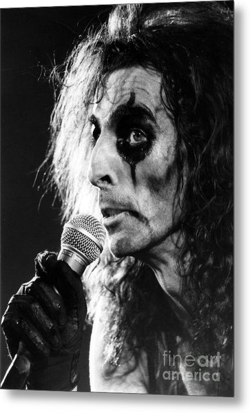 Alice Cooper 1979 Metal Print by Chris Walter