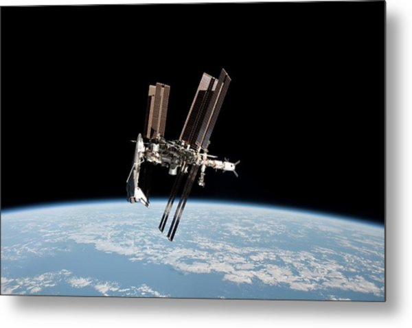 Iss And Space Shuttle Metal Print by Nasa/science Photo Library