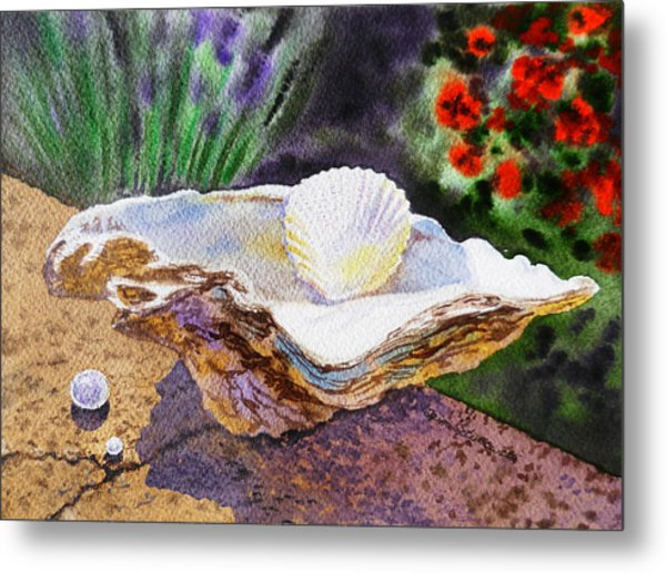 Sea Shell And Pearls Morning Light Metal Print