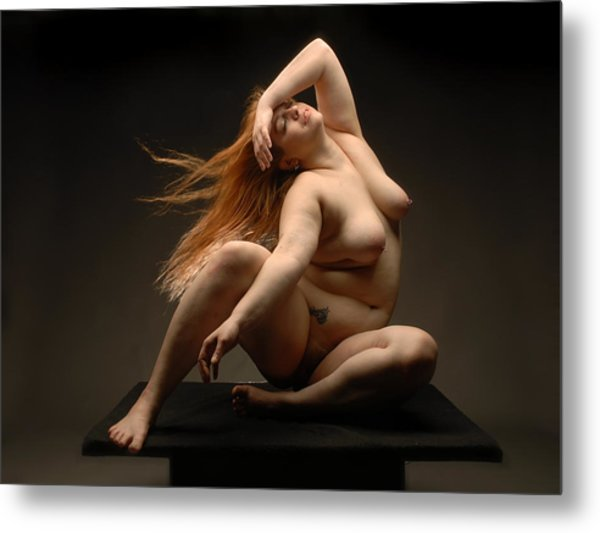 4541 Full Figured Nude Metal Print
