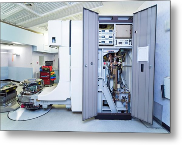 Linear Accelerator Metal Print by Antonia Reeve/science Photo Library