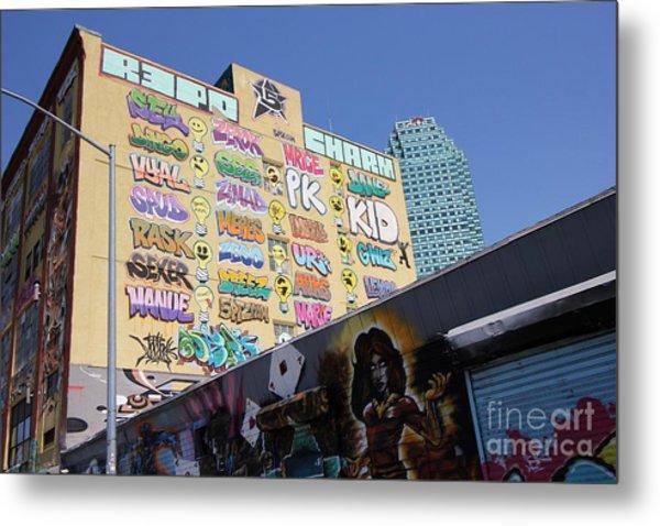 5 Pointz Graffiti Art 2 Metal Print